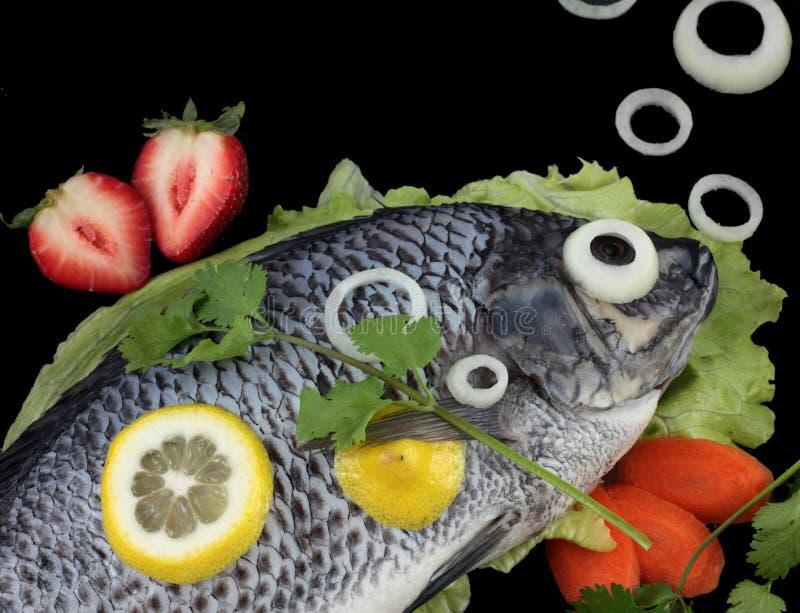 лук рыб пузырей сырцовый стоковое изображение rf