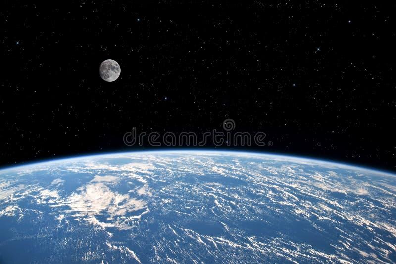 Луна и земля. стоковые фото