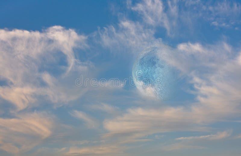 Луна и небо стоковые изображения