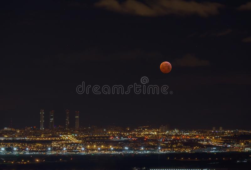 Лунное затмение стоковое фото