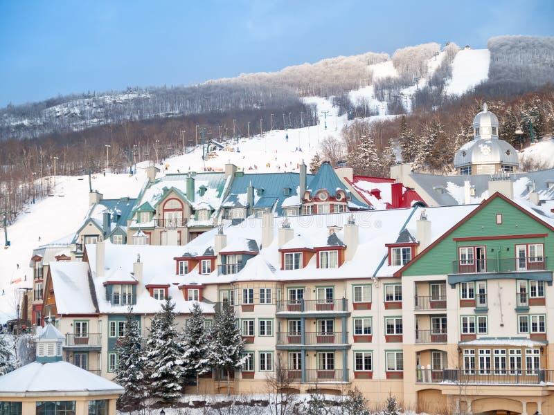 лыжа курорта держателя tremblant стоковые фотографии rf