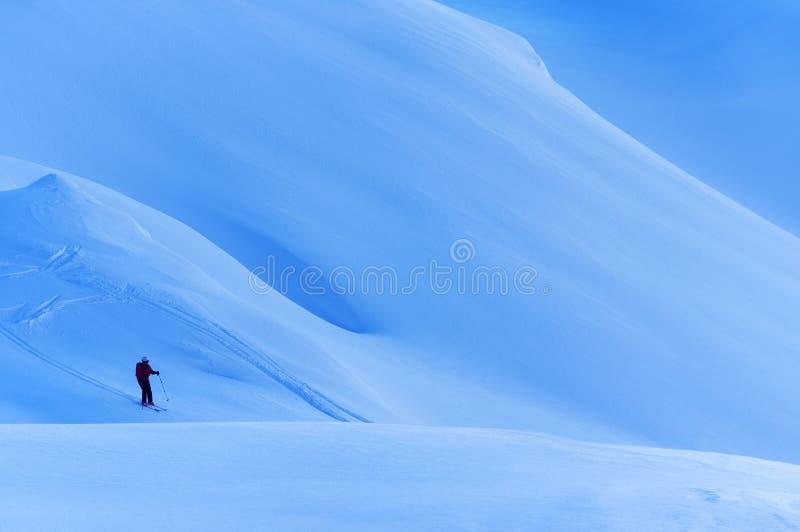 Лыжа Freeride в Transylvanian Альп стоковое фото rf