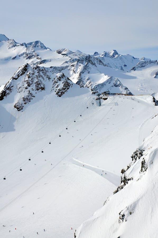лыжа solden курорта стоковые фотографии rf