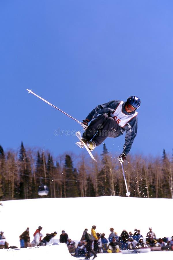 лыжник стоковое изображение rf