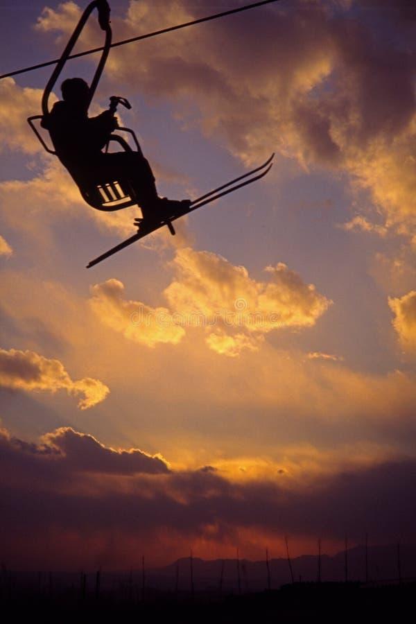 лыжник chairlift стоковые изображения