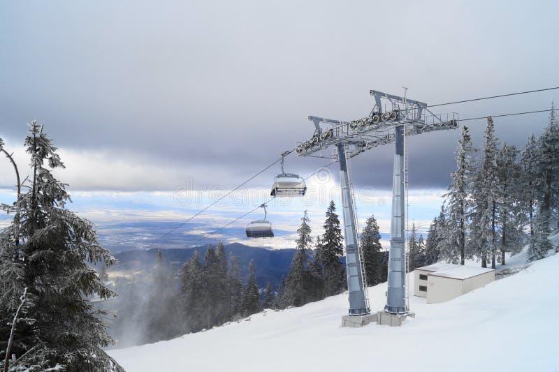 Лыжный курорт горы, Румыния стоковая фотография rf
