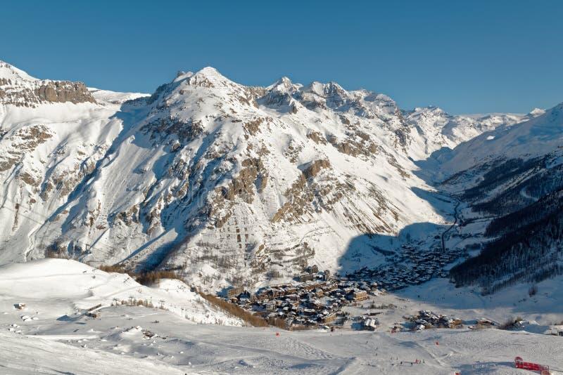 Лыжный курорт Isère ` Val d в Франции стоковые изображения rf