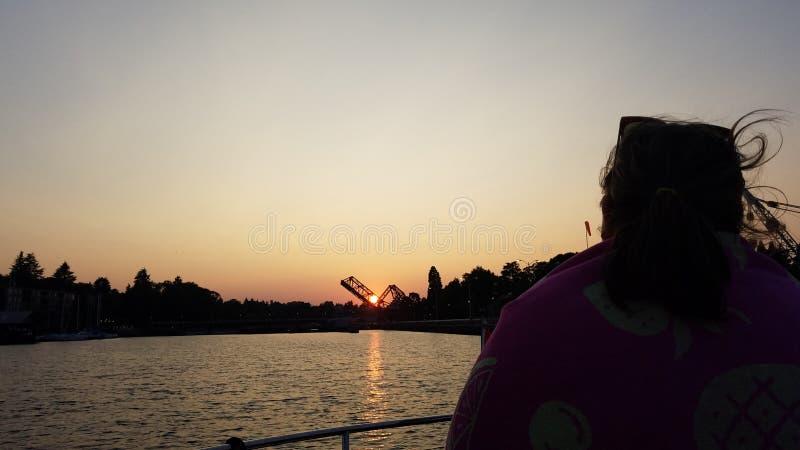 Любить заход солнца стоковые изображения rf