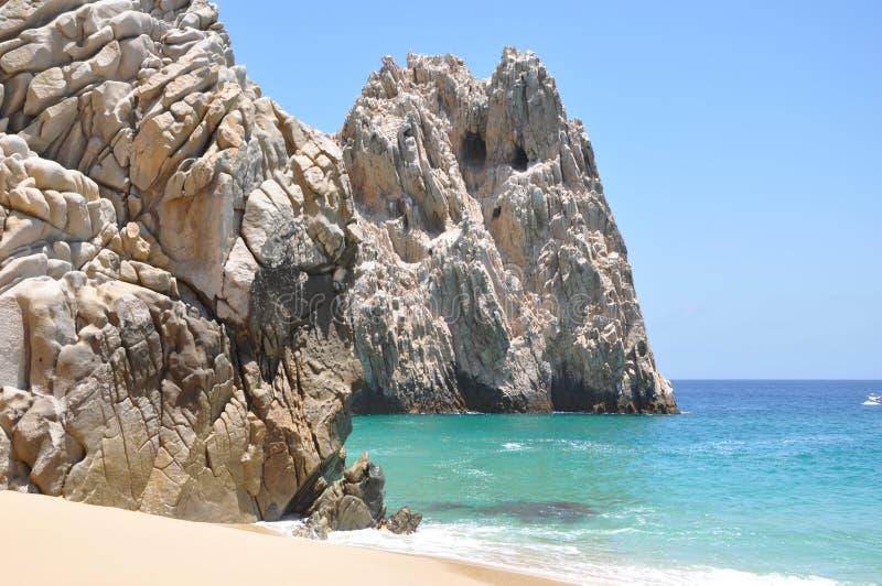 любовники пляжа стоковая фотография