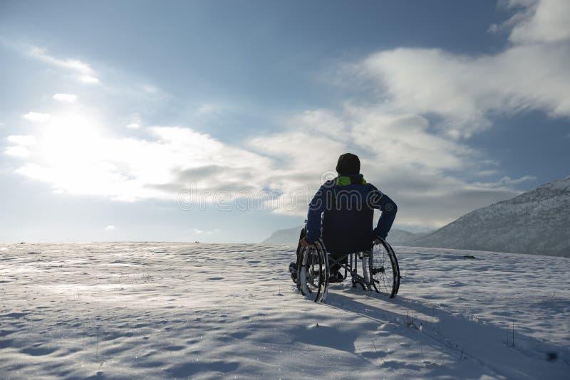 Любовь зимы инвалида; любовь зимы инвалида стоковые фото