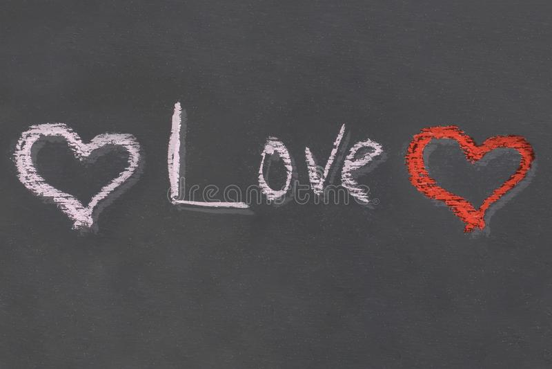 Любовь надписи украшения украшения 2 сердец красная белая на черном дизайне контраста влияния тома предпосылки стоковые изображения rf