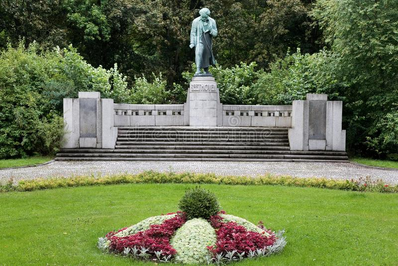Людвиг ван Бетховен в курортном городе Karlovy меняет, западная Богемия, чехия стоковые фотографии rf
