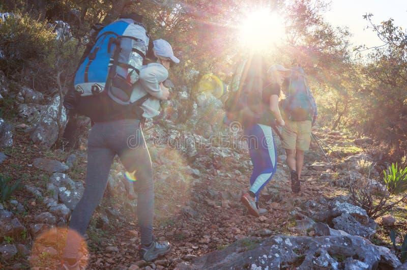 Люди в походе стоковое изображение