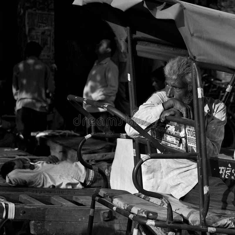 Люди в улицах Индии стоковое фото rf