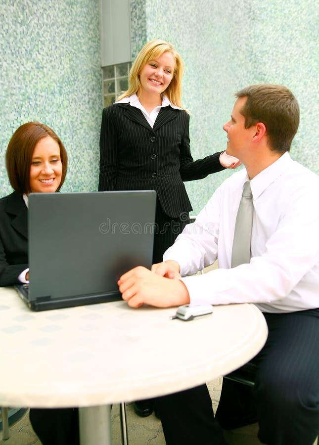 люди дела беседуя стоковое фото rf