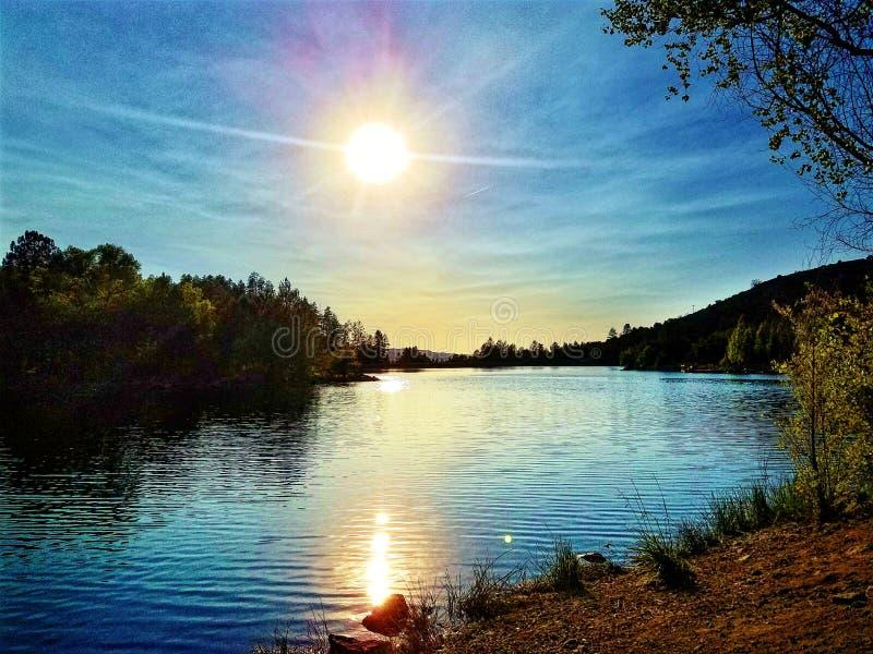 люди озера рыболовства шлюпки стоковое изображение