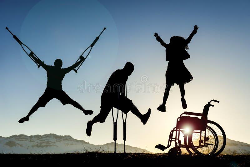 Люди с ограниченными возможностями скакать стоковые фото