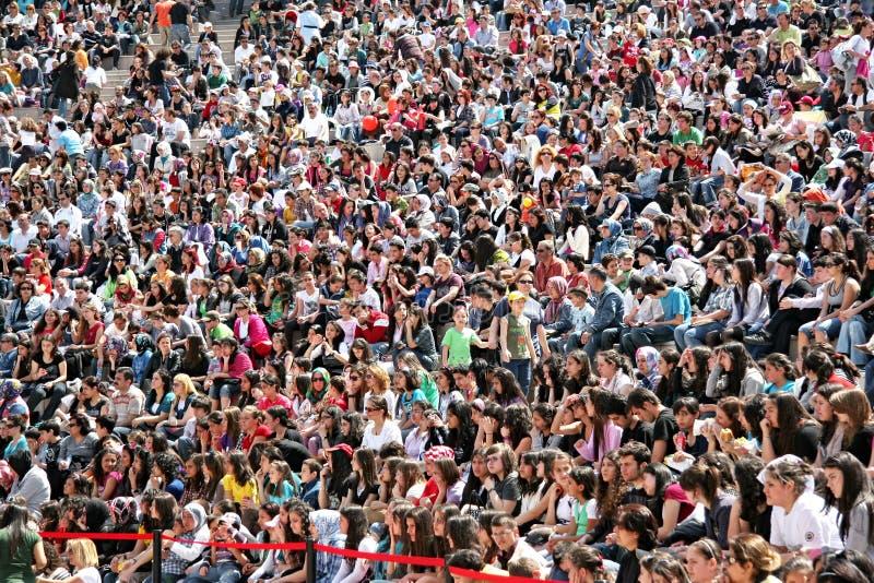 место скопления людей картинка если