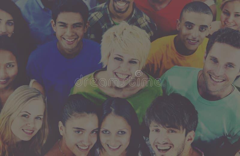 Людей молодежной культуры концепция студентов совместно жизнерадостная стоковая фотография rf