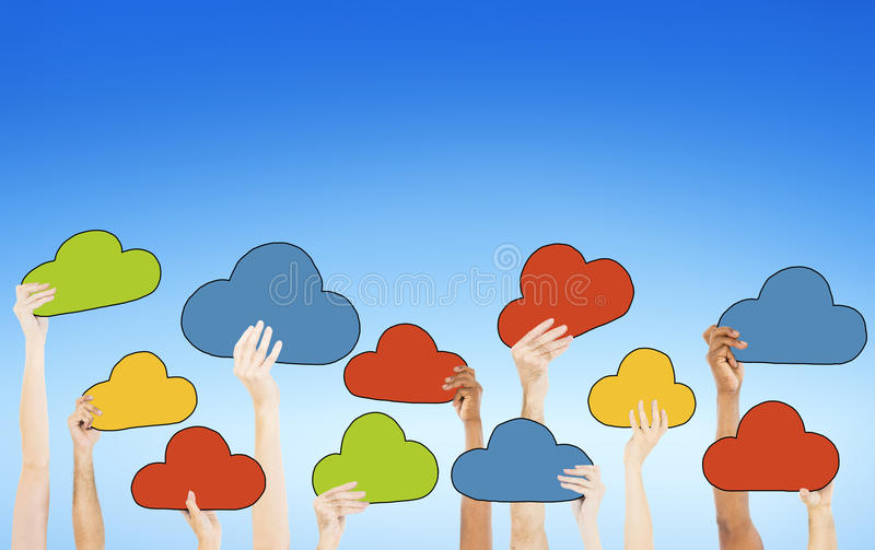 Люди держа красочные символы облака иллюстрация штока