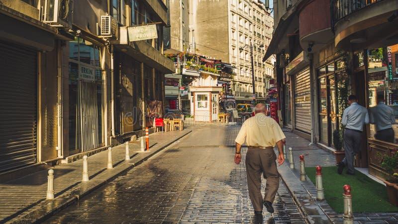 Люди и город Стамбула стоковое изображение rf