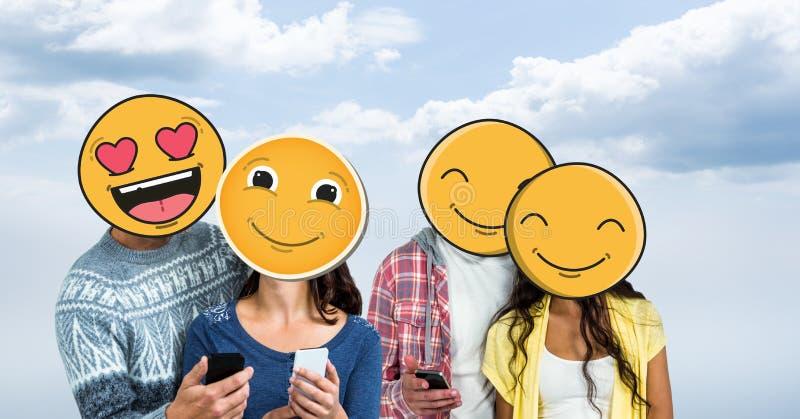 Люди и женщины с мобильными телефонами и emojis над стороной иллюстрация вектора