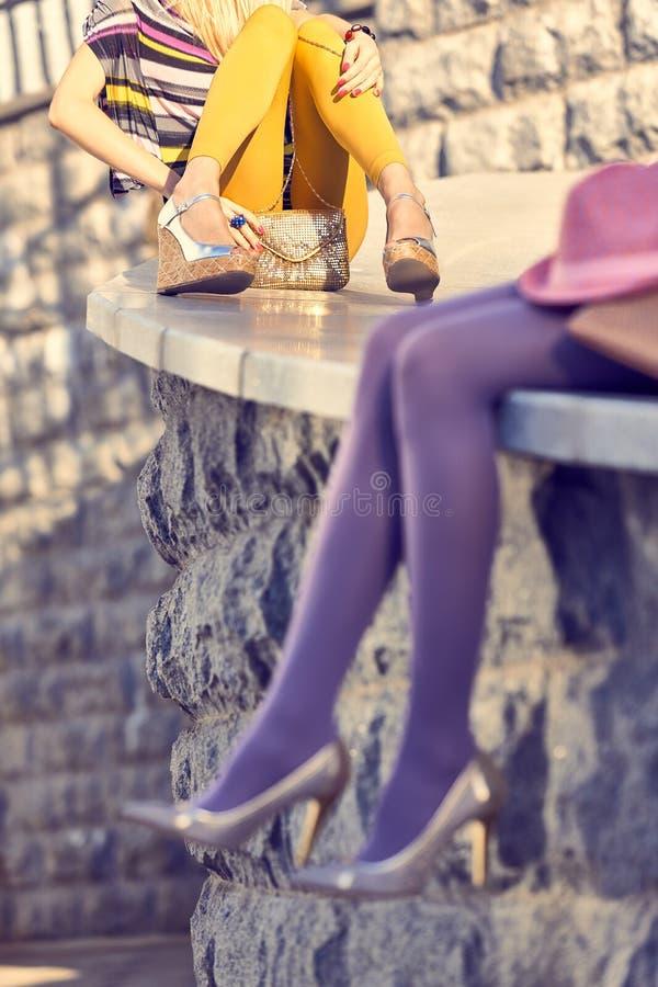 Люди моды городские, женщина, внешняя lifestyle стоковое изображение rf