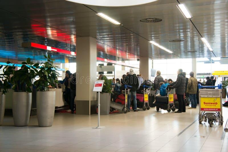Люди на регистрации стоковое изображение rf