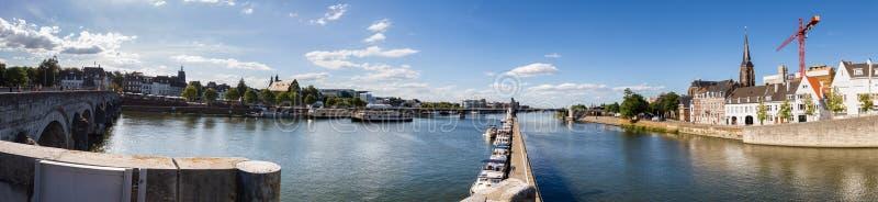 Маастрихт в нидерландской высокой панораме определения стоковое фото rf