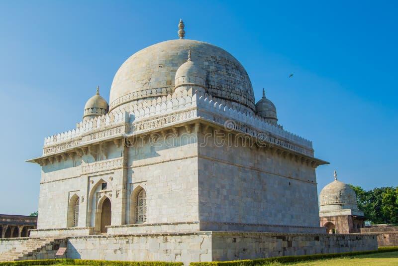 Мавзолей Mandu Mandav Hoshang Shah мрамора стоковое изображение rf