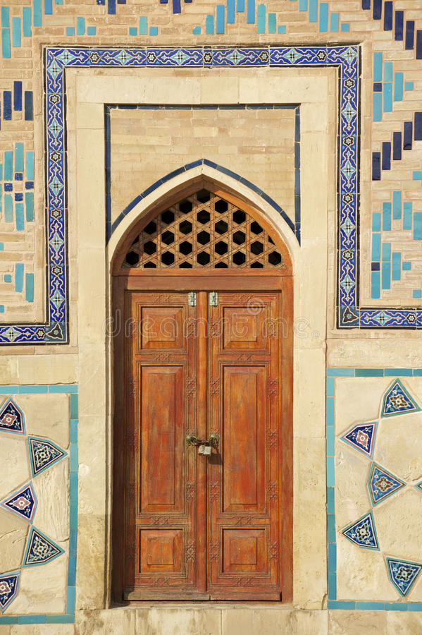 Мавзолей Khoja Ahmed Yasavi в Turkistan, Казахстане стоковые фотографии rf