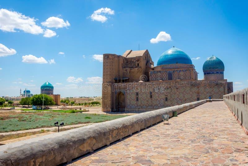 Мавзолей Turkistan, Казахстан стоковое изображение rf