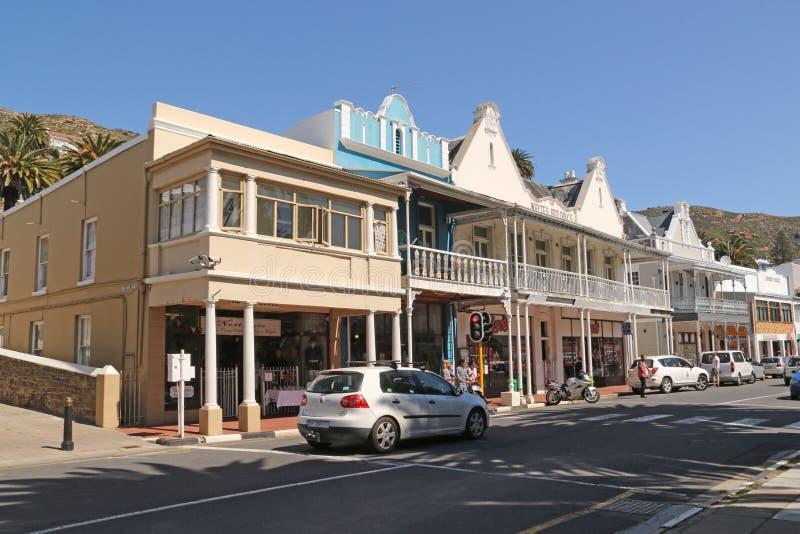 Магазины вдоль главной дороги, городка ` s Simon стоковое изображение