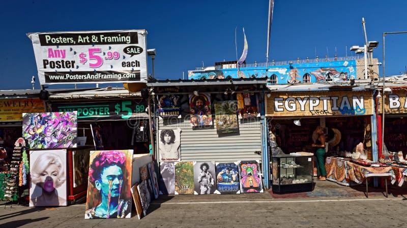 Магазины в пляже Венеции стоковые фотографии rf