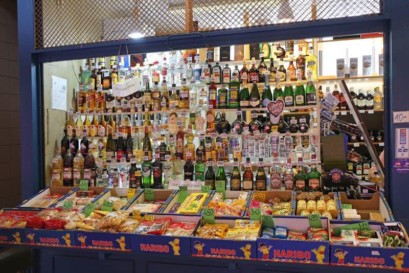 Магазин Будапешт питья стоковая фотография rf