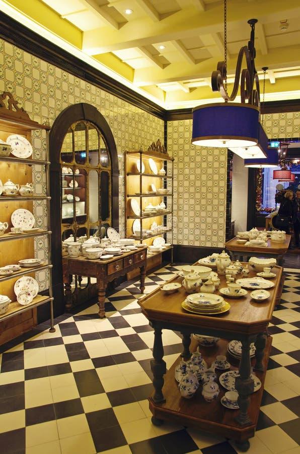 Магазин гончарни фарфора стоковые фотографии rf