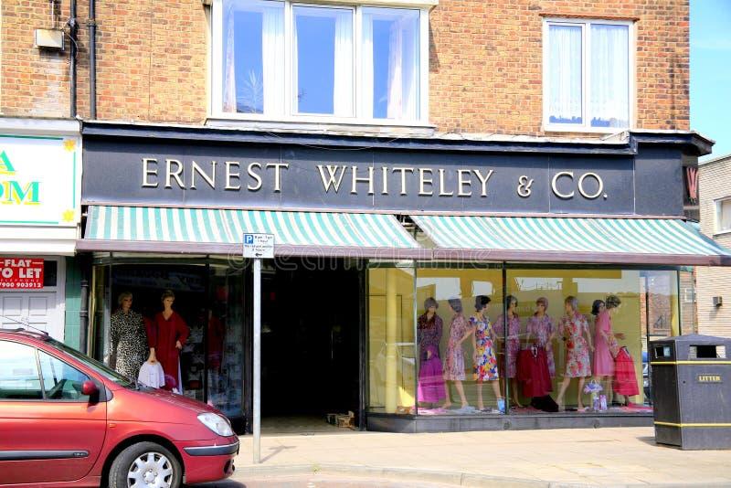 Магазин капсулы времени, Bridlington, Йоркшир стоковая фотография