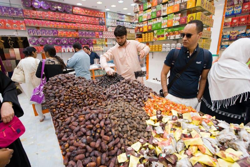 Магазин конфеты в Дубай стоковое изображение