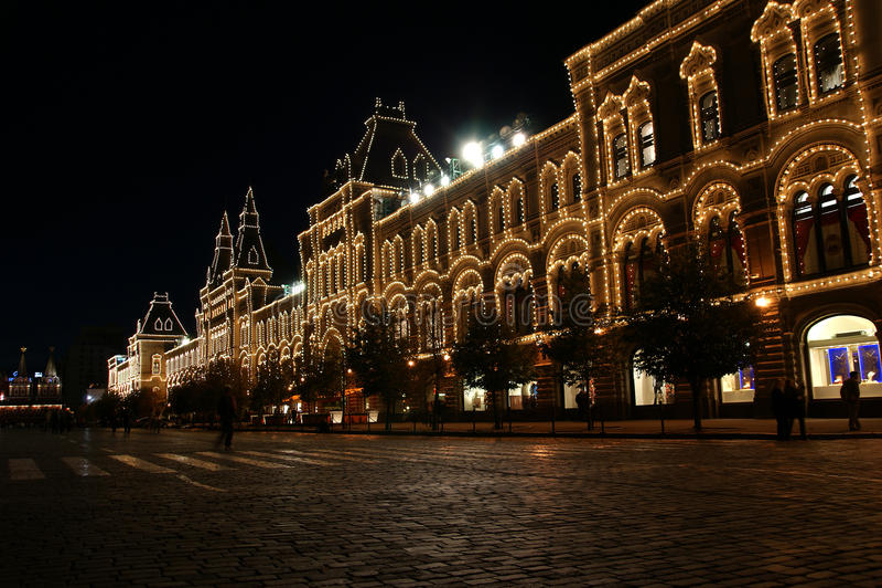 магазин красного квадрата ночи moscow камеди стоковые фото