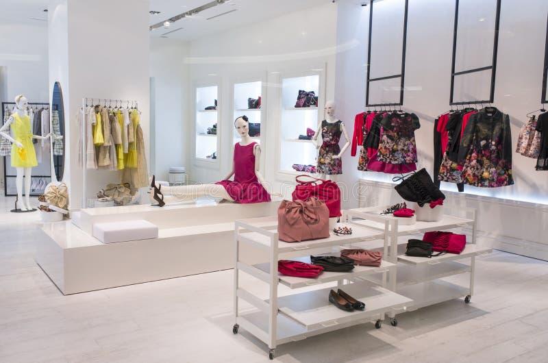 Магазин моды женщин стоковое фото
