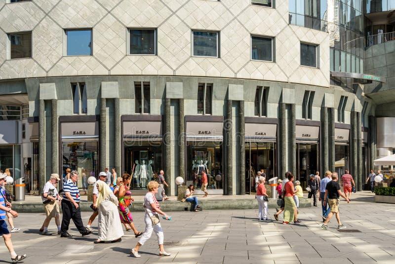 Магазин моды Zara стоковые изображения