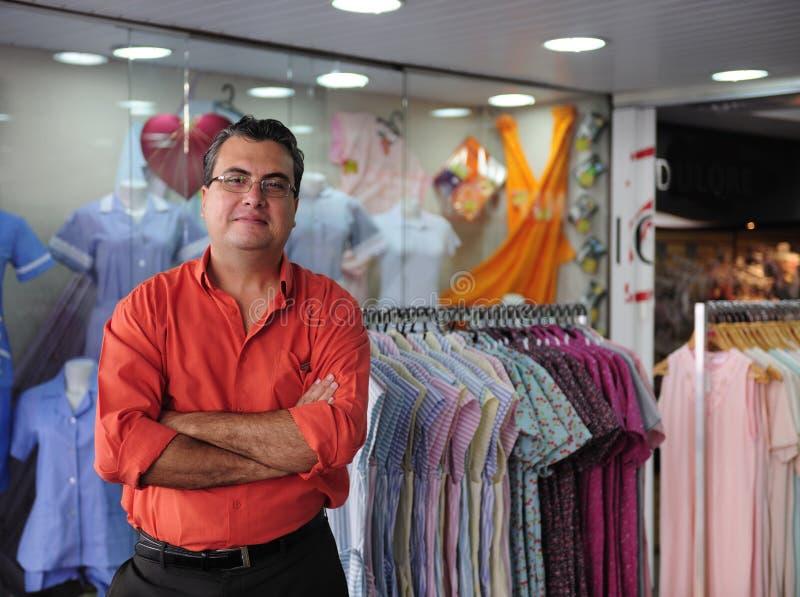магазин розничной торговли portait предпринимателя стоковые фото