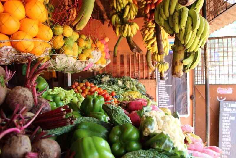 Магазин фрукта и овоща Индия стоковые фото