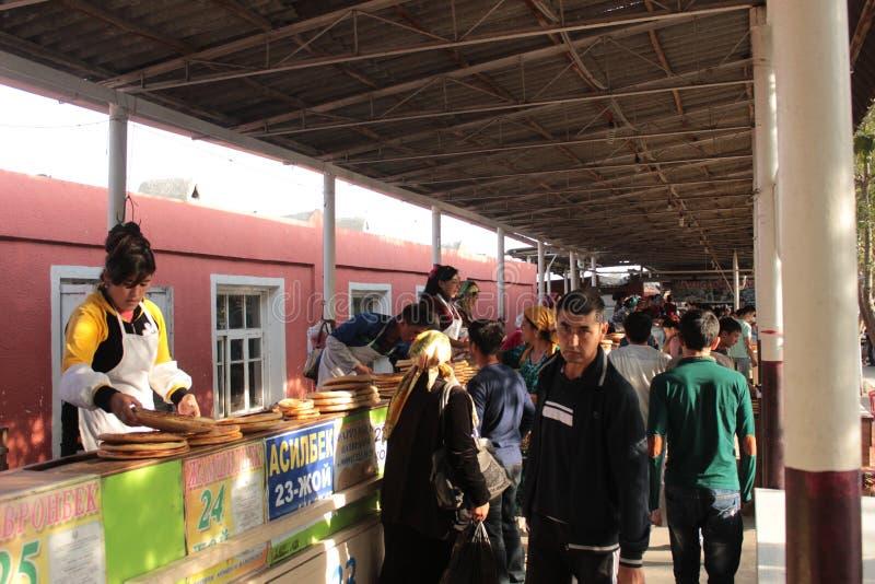 Магазин хлеба в Fergana Valley стоковое фото rf