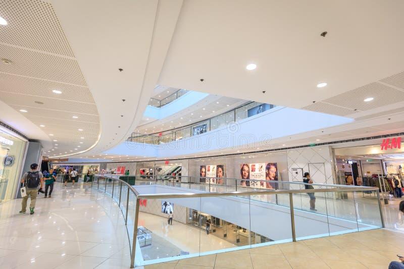 Магазин H&M на SM Megamall 9-ого сентября 2017 в Маниле, Филиппинах стоковая фотография