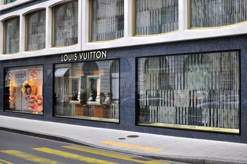 Магазин Louis Vuitton в торговой улице Женевы стоковые изображения rf
