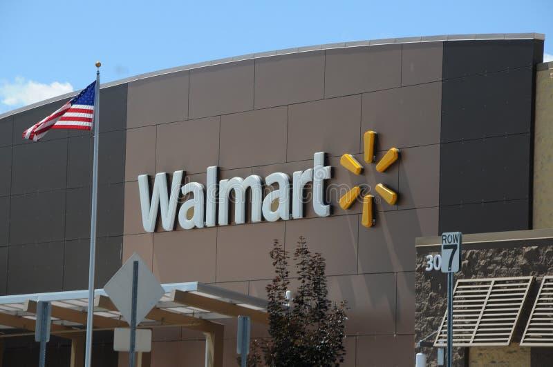 Магазин Walmart стоковое изображение