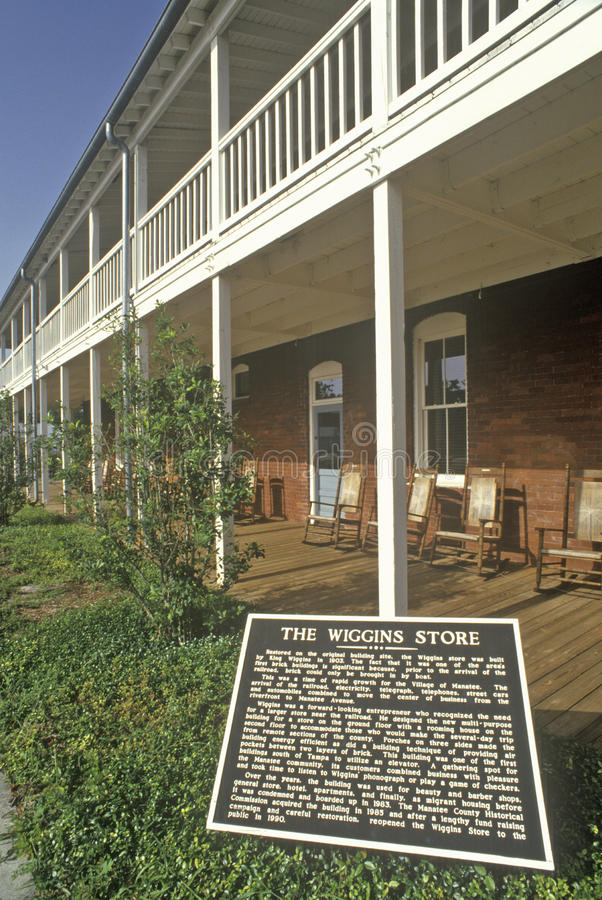 Магазин Wiggins на парке деревни ламантина историческом, Bradenton, Флориде стоковое фото rf