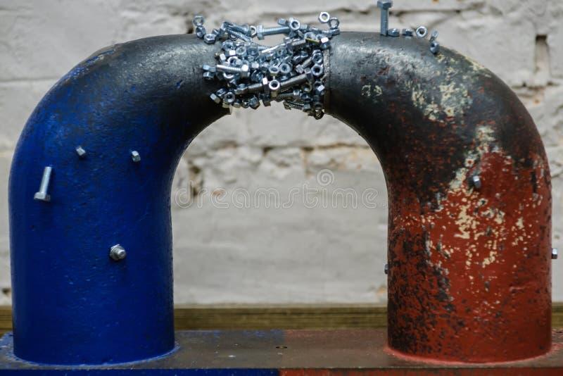 Магнитный магнетизм демонстрации эксперимента Технология физики стоковые изображения