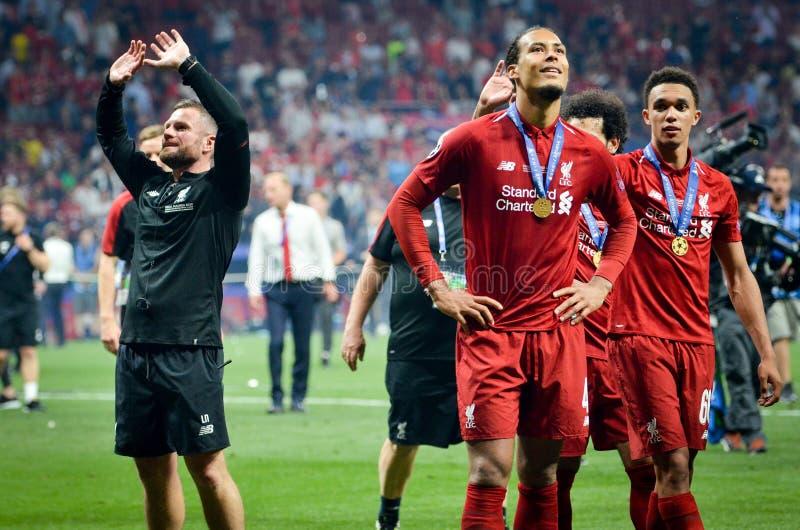 Мадрид, Испания - 1-ОЕ МАЯ 2019: Virgil Van Dijk празднует их выигрывать лиги чемпионов UEFA 2019 после финальной игры стоковые фото